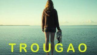 Trougao – misterija, triler (2009)